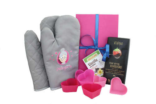 Backset für die Oma zu Weihnachten mit Handschuhe und Backzubehör