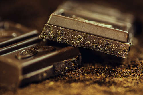 Schokolade macht glücklich und ist ein tolles Geschenk für Naschkatzen