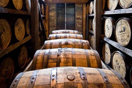 Whiskyfässer Genuss für Weihnachten